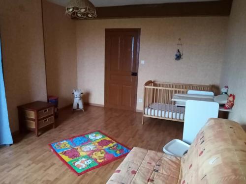 Chambre bébé du gite rural en Bourgogne