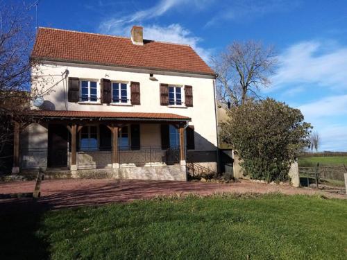 Gite rural en Bourgogne vue de devant