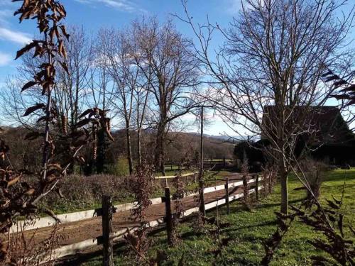 Gite rural en Bourgogne vue de derrière